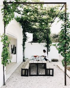 "just-good-design: ""Masseria Moroseta Photo: la sultana.s "" just-good-design: ""Masseria Moroseta Photo: la sultana.s "" The post just-good-design: ""Masseria Moroseta Photo: la sultana. Outdoor Rooms, Outdoor Gardens, Outdoor Living, Outdoor Seating, Outdoor Dinning Table, Patio Table, Dining Tables, Outdoor Furniture, Outdoor Cooking Area"