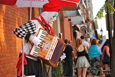 Buskers 2013 - © 2013 Laura Meggs  #Kingston #MLI #ESL #LearnEnglish #Canada #ON #Homestay #StudyinCanada Kingston Ontario, Recreational Activities, Esl, Great Places, Cities, Canada, Events, Travel, Voyage