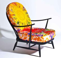 Ercol & Timorous Beasties latest project  with  reversible cushions.  Come and see it at MAISON&OBJET PARIS January 24-28, 2014.