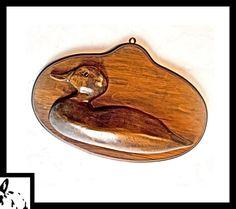 Duck Folk Art Carving Carved Folk Duck Carving Plaque Wooden   Etsy Work In Africa, Wood Bird, Art Carved, Hallmark Ornaments, Wood Plaques, Vintage Birds, Bird Art, Art Deco Fashion, Folk Art