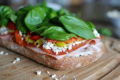 Simply So Good: Brick Compressed Sandwich