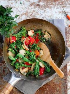 Kulki ryżowe - Przepis na Kulki ryżowe - Mojegotowanie.pl Pizza, Chicken, Meat, Food, Essen, Meals, Yemek, Eten, Cubs