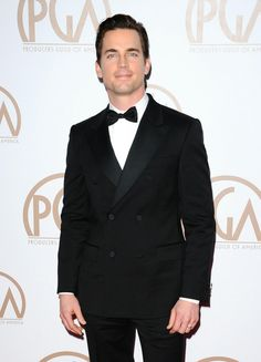 Matt Bomer & Kit Harington Are the PGA Awards' Hottest Guys!: Photo Matt Bomer and Kit Harington are both looking so handsome while walking the red carpet at the 2015 Producers Guild of America Awards held at the Hyatt Regency Century… Matt Bomer White Collar, Kit Harington, Most Beautiful Man, Hot Guys, Awards, Suit Jacket, Handsome, America, Actors