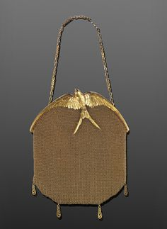 Art Nouveau 18K Yellow Gold Mesh Evening Bag with Sculpted Swallow .... by LaCloche Freres ....