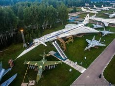 Russia's Central Air Force Museum: Stunning Birds-Eye Photographs of Monino Airport Concorde, Supersonic Aircraft, Russian Military Aircraft, Helicopter Plane, Air Machine, Russian Air Force, Military Pictures, Military Modelling, Fighter Jets