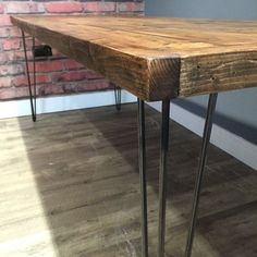 Table and bench Industrial dining table Bench Wood table Table bench set Reclaimed table Hairpin legs Matching bench Handmade table Hairpin Dining Table, Dining Table Height, Reclaimed Wood Dining Table, Industrial Dining, Wooden Dining Tables, Wood Table, Dining Table With Bench, Wood Pallets, Pallet Wood