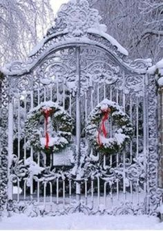 """Beautiful """"frosted"""" Christmas gate! Christmas Scenes, Noel Christmas, Outdoor Christmas, Christmas Photos, All Things Christmas, Winter Christmas, Vintage Christmas, Christmas Cards, Christmas Decorations"""