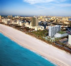 Las hermosas playas de #Miami esperando el arribo de los turistas de todos los rincones del planeta.