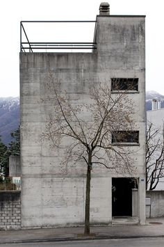 Luigi Snozzi / Casa Kalman, Brione sopra Minusio, Switzerland, 1975-76.