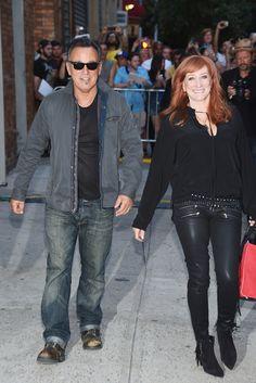 Bruce Springsteen Patti Scialfa Photos - 'The Daily Show With Jon Stewart' #JonVoyage - Arrivals & Departures - Zimbio