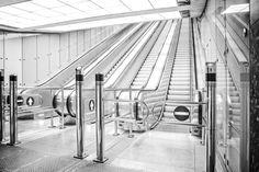 Metro Station, Budapest, Trains, Facebook