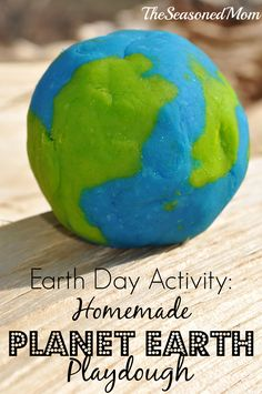Earth Day Activity: Homemade Planet Earth Play Dough