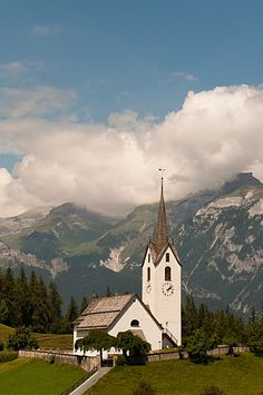 Explore the central Alps, visit Austria, Italy, Switzerland, Germany and Lichtenstein and slice of Slovenia on a Classic Alpine Adventure.