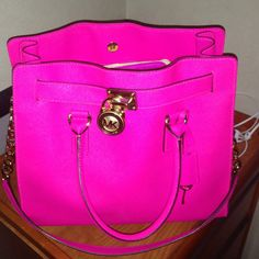 Michael Kors Hot Pink Hamilton