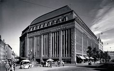 "In architect brothers Valter and Ivar Thomé won the open architectural competition for the Stockmann department store with their proposal ""S. Helsinki, Finnish Civil War, History Of Finland, Nordic Art, English Village, Brick Building, The Old Days, Haku, Historical Pictures"