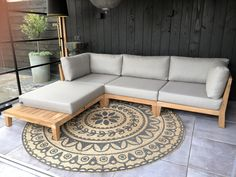 Diy Furniture Couch, Home Room Design, Sofa Design, Diy Furniture, Outdoor Living Design, Wooden Sofa Designs, Outdoor Sofa Diy, Living Room Sofa Design, Diy Couch