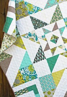 Triple Barnstar Quilt Pattern – Stitchery Dickory Dock ***Summer Song with blue breaker back*** Quilting Projects, Quilting Designs, Sewing Projects, Quilting Ideas, Star Quilt Blocks, Star Quilts, Block Quilt, Layer Cake Quilts, Layer Cake Quilt Patterns