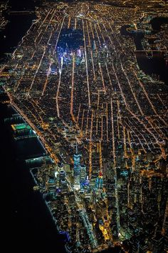 newyorkcityfeelings:   New York, USA by Vincent... -                                         famous and brightest darling