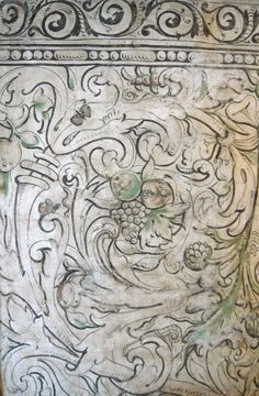 16th century multivine wall painting in a private house in Kent