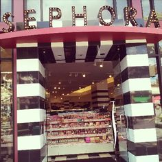 Sephora.... Love shopping in this store! Body lotion, Body butter, Cinnamon Dior lipstick, Buxom lipgloss, Urban Decay Naked eyeshadows, Caviar shampoo, Marc Jacobs' Honey perfume....the list goes on and on