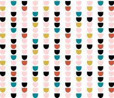 ModScallopWhite fabric by mrshervi on Spoonflower - custom fabric