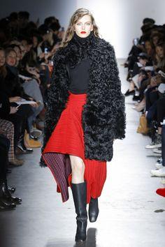 Zero + Maria Cornejo Fall 2017 Ready-to-Wear Collection - Vogue Fashion Week, Fashion 2017, Fall Winter 2017, Zero Maria Cornejo, Fashion Show Collection, Feminine Style, Feminine Fashion, Vogue Paris, Ready To Wear