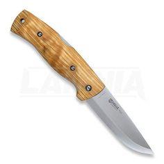 Нож Helle Bleja находился в разработке более 3-х лет. Особое внимание уделялось надёжности замка, которому для повышения надёжности и усиления всей конструкции