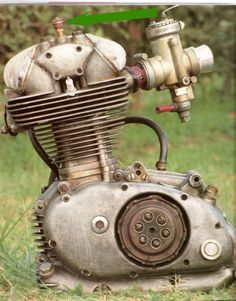 Ducati 250 factory engine with dry clutch Motorcycle Store, Trike Motorcycle, Ducati Motorcycles, Cars And Motorcycles, Vintage Bikes, Vintage Motorcycles, Ducati Classic, Bike Engine, Bike Details