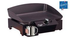 Gamme 2015 - Plancha Tradition en taille 45cm. Plaque en fonte: épaisseur 7mm. 1 zone pour une température de cuisson allant jusqu'à 360°C avec une souplesse de réglage et de cuisson. Email multicouche qui imperméabilise la surface de la plaque de cuisson. L'émaillage facilite ainsi le grattage et le déglaçage en fin de cuisson. Châssis en acier peint. Fabrication française, label Origine France Garantie BVCert.6012057
