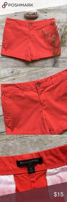 "Banana Republic city boyfriend orange shorts City boyfriend shorts in a reddish orange. Cuffed. Zip fly, button closure. 97/3 cotton, spandex. 4.5"" inseam. 8.5"" rise. 15.25"" waist laying flat. Like new condition. Size 4. Banana Republic Shorts"