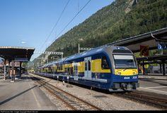 Net Photo: 325 BOB Berner Oberland-Bahn ABDeh at Interlaken, Switzerland by Martin Bennet Swiss Railways, Bob, Train Station, Switzerland, Bob Cuts