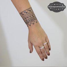"""6,541 curtidas, 168 comentários - Tatuagens • Tattoos ➴ 1,7m (@tatuagensfemininas) no Instagram: """"Bracelete estilizado Feita pelo Tatuador/Tattoo Artist:  Inktracetattoo . ℐnspiração 〰 ℐnspiration…"""""""
