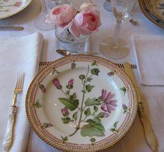 flora danica pink rose