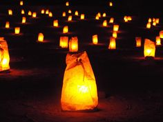 TRAVEL: Jordan - Petra by night - amazing lanterns filled every path and the stars shone so bright! #TravelBlogs