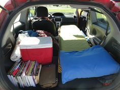 Car camping made easy. Take a look at these tips below to maximize your car for tent-free weekend adventures. Mini Camper, Car Camper, Camper Van, Outback Car, Subaru Outback, Camping Set Up, Suv Camping, Equinox Car, Rav4 Car