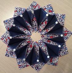2 More Fold'n Stitch Wreaths