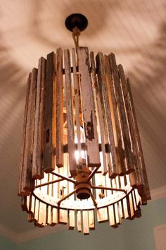 DIY Lighting Ideas and Cool DIY Light Projects for the Home. Chandeliers, lamps, awesome pendants and creative hanging fixtures,  complete with tutorials with instructions | Upcycled Old Wood DIY Pendant Light | diyjoy.com/...