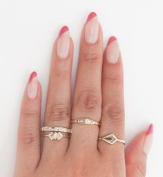 "Though designer Katherine Kramer says the Double Tapered Baguette Ring is ""petite"", the bright white shimmer of two mirrored diamonds feels like anything but. Stylish Nails, Trendy Nails, Jolie Nail Art, Acylic Nails, Almond Nails Designs, Fire Nails, Oval Nails, Minimalist Nails, Best Acrylic Nails"