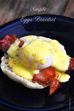 Eggs Benedict Recipe - Delicious breakfast or brunch! // addapinch.com