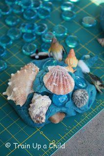 Ocean Dough ~ Learn Play Imagine Playdoh with an Ocean Theme. Very cute.