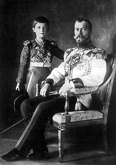 Zar Nicolás II de Rusia y zarévich Alexéi Nikoláyevich