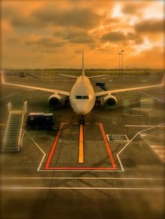 Airport Jet, Aircraft, Vehicles, Aviation, Plane, Rolling Stock, Airplane, Planes, Vehicle