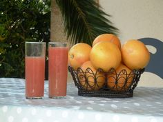 Breakfast by the pool -jus de pamplemousse- dining al fresco at our beautiful Languedoc villa rental Fresco, Villa, Dining, Breakfast, Beautiful, Morning Coffee, Fresh, Food, Fork