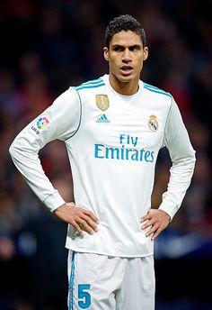 Varane. #UCL Varane Real Madrid, Real Madrid Players, Equipe Real Madrid, Toni Kroos, James Rodriguez, Champion, Football, Soccer Sports, Europe