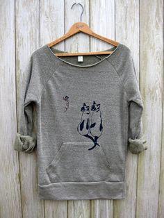 two peas in a pod Siamese Cat Sweatshirt Cat by nicandthenewfie, $36.00