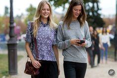 Anna & Kasia cruising #offduty in Paris. #AnnaEwers #KasiaStruss