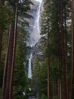 Upper and lower yosemite falls, Yosemite National Park, California