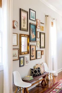 Awesome Gallery Wall Living Room Ideas Living Room Decoration large wall decor ideas for living room Eclectic Gallery Wall, Eclectic Decor, Eclectic Style, Sweet Home, Inspiration Wall, Interior Inspiration, Home Remodeling, Living Room Decor, Living Room Gallery Wall