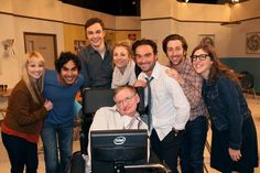 Stephen Hawking shared: If there is any group of people that I'd say have a good shot at cracking my Theory of Everything, it is certainly The Big Bang Theory. I wish them luck tonight. Stephen Hawking, Big Bang Theory Show, The Big Theory, Pink Floyd, John Ross Bowie, Johnny Galecki, Jim Parsons, Bronn, Film Serie