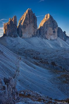 Tre Cime di Lavaredo, Dolomites, province of Belluno, Veneto, Northern Italy..doma vado in montagna